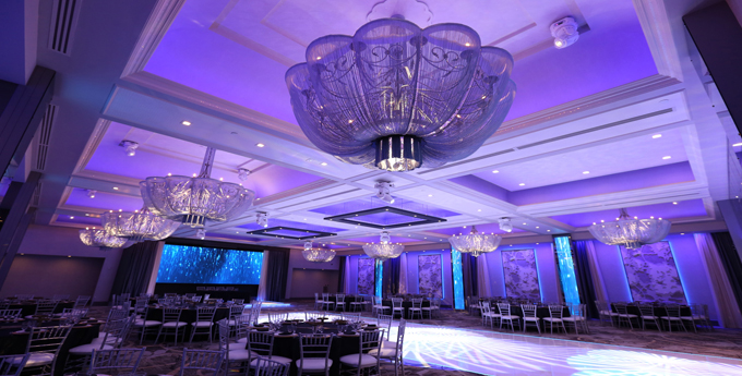 Hi-tech venues for today's modern couple.