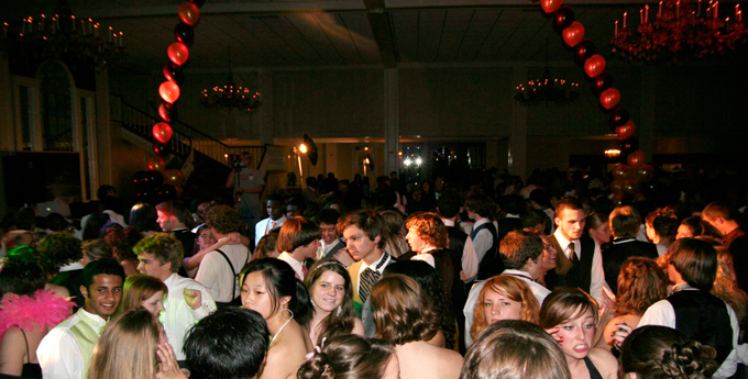 You'll need a spacious prom venue for all your friends.